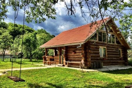cazari unice in Romania