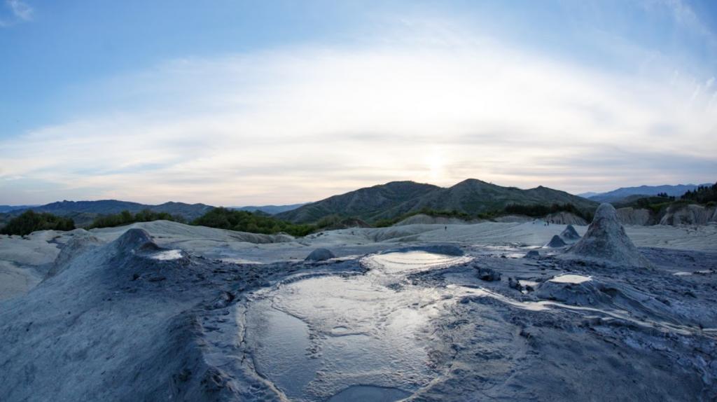 Vulcanii Noroioşi de la Pâclele Mari